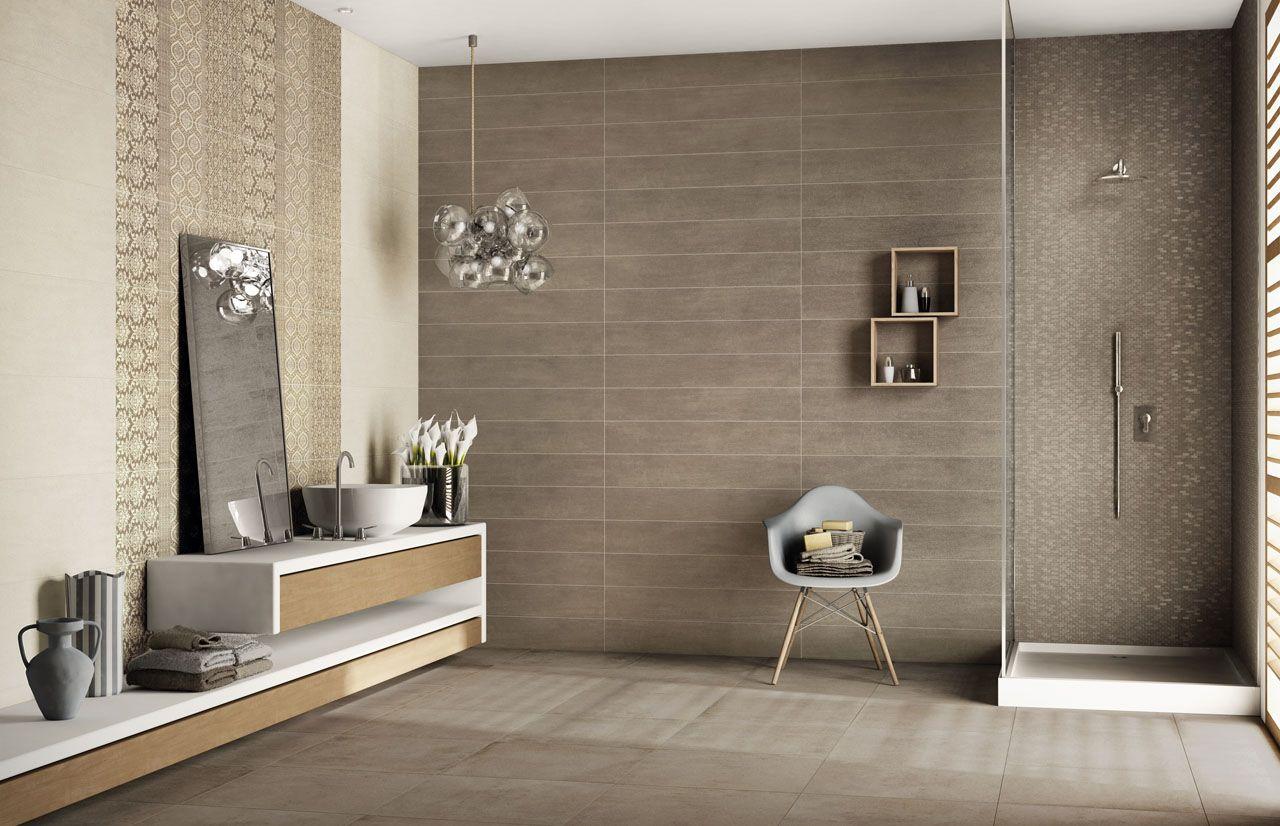 ambiance salle de bain faences imitation bois et dcor ciment